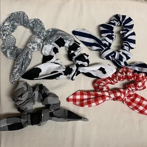 5 knot bow Scrunchies